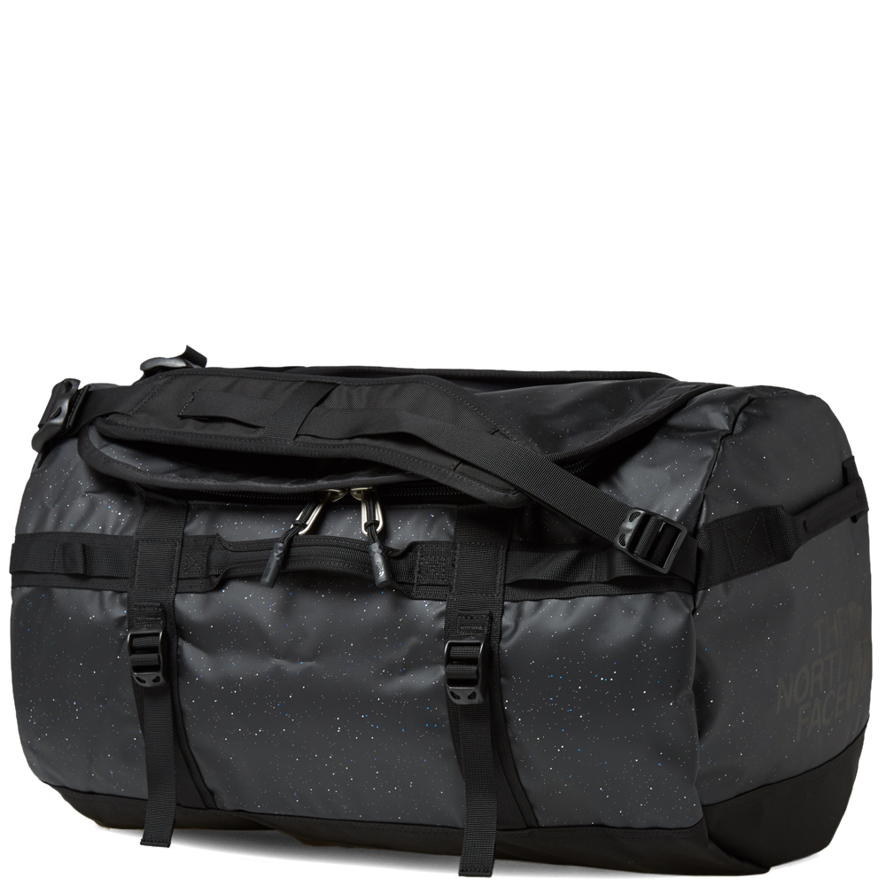 North Face Base Camp Schoudertas : The north face black label base camp duffel bag