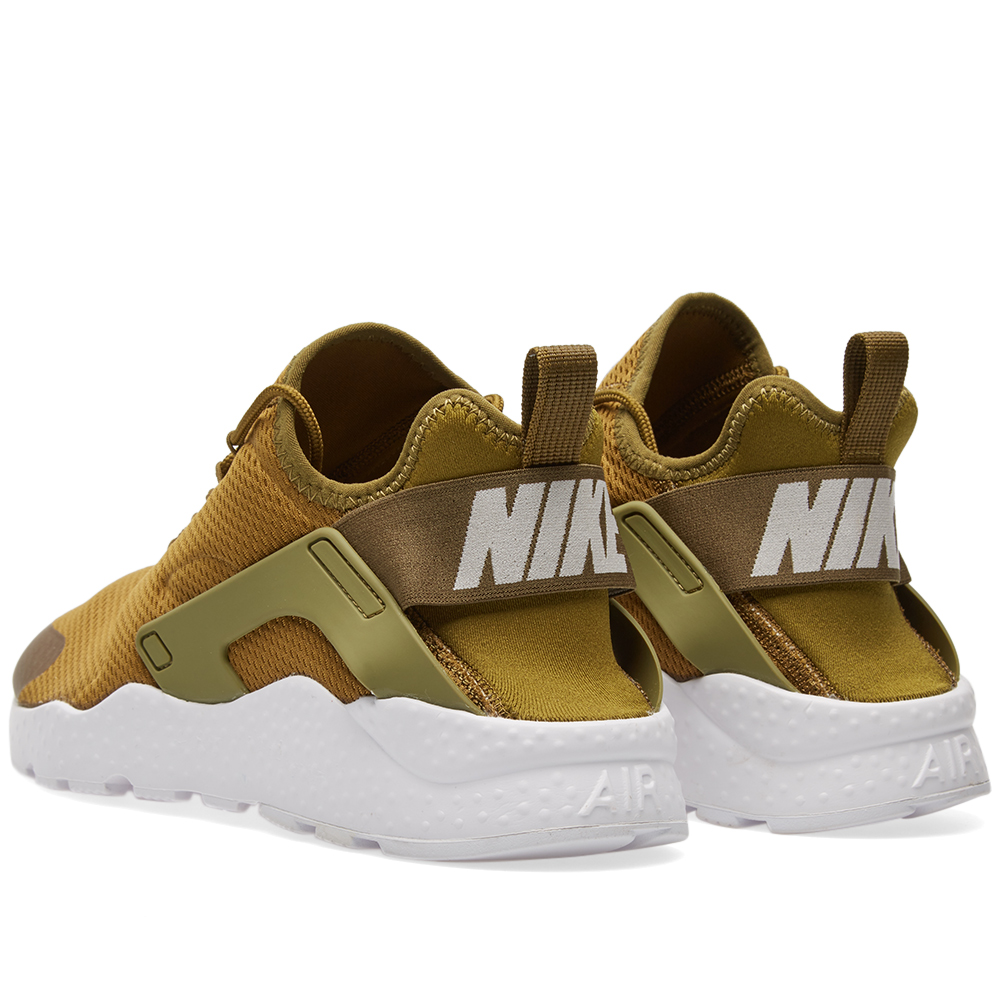 nike w huarache run ultra olive flak white. Black Bedroom Furniture Sets. Home Design Ideas