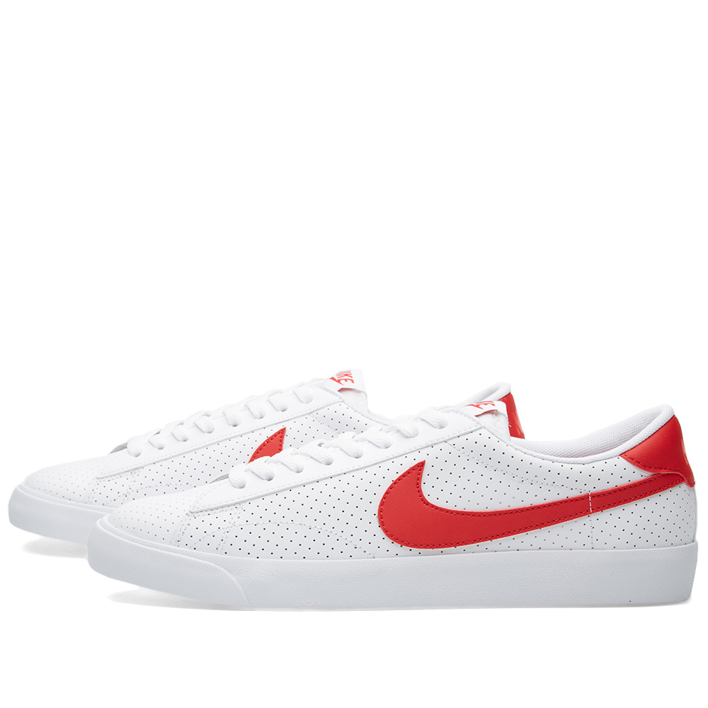 nike tennis classic ac white university red. Black Bedroom Furniture Sets. Home Design Ideas