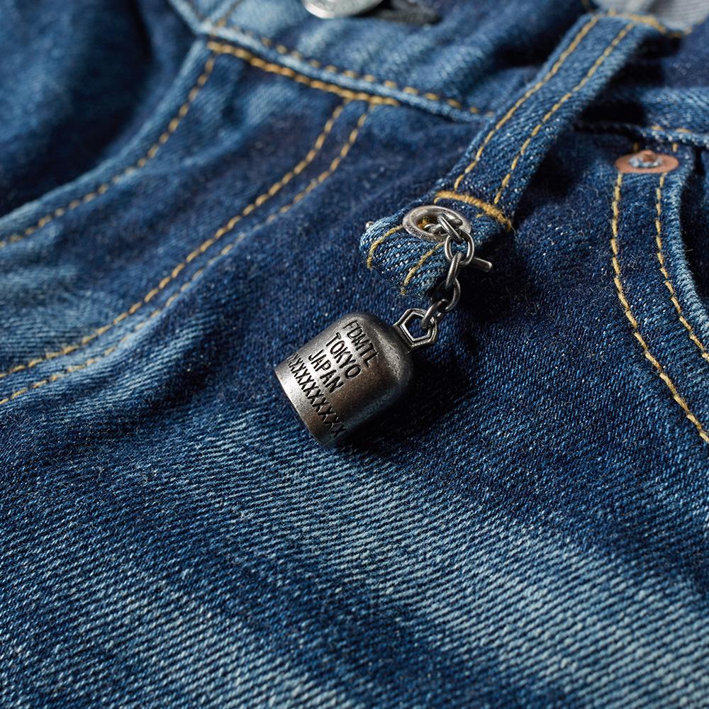 "viktor jeans case analysis De parfum"" type viktor & rolf ""flowerbomb"" type gucci ""guilty"" type  jean  paul gaultier ""le male"" type christian dior ""eau sauvage""."