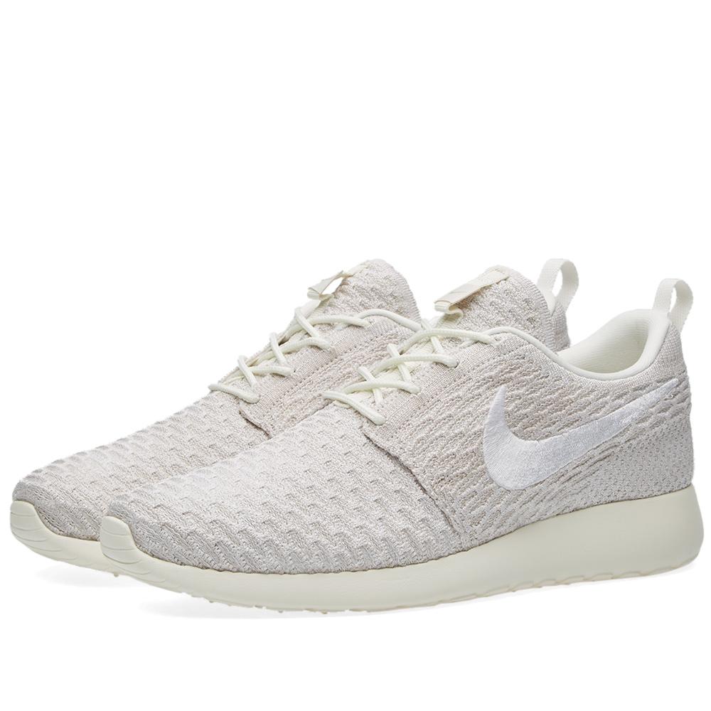 Nike Roshe Flyknit Cream