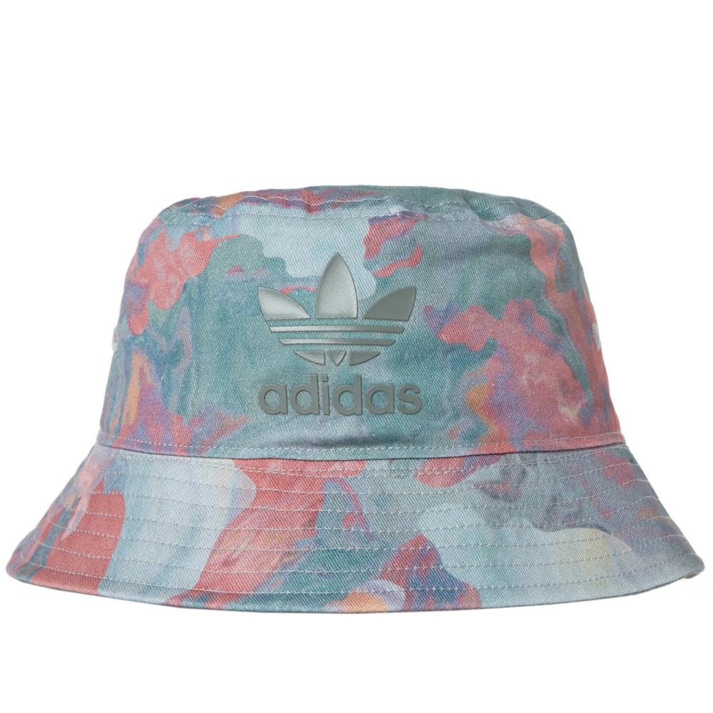 Adidas bucket hat