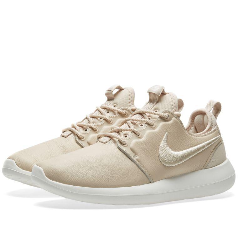 Nike Roshe Women's